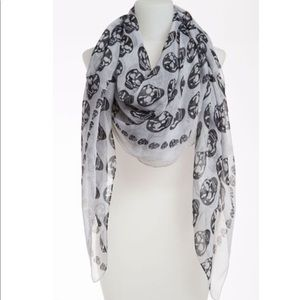 nordstrom BP skull scarf